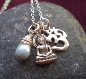 Om charm, ss buddha, teardrop glass bead